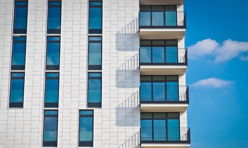 Lze sehnat levné ubytování v Praze?