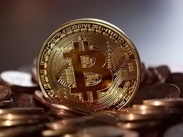 Chcete koupit Bitcoin? Nepodléhejte bezhlavě bitcoinové horečce!
