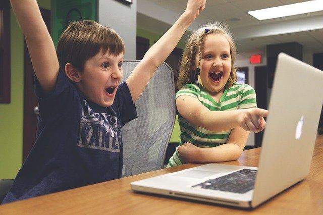 děti, počítač.jpg